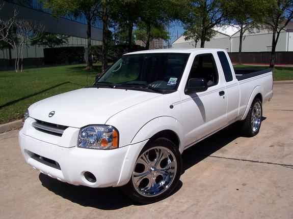 DubWear 2004 Nissan Frontier Regular Cab Specs, Photos