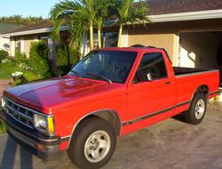 Candiman_93se 1993 Chevrolet S10 Regular Cab