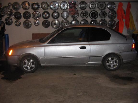 Another accentGS2000 2000 Hyundai Accent post... - 5361080