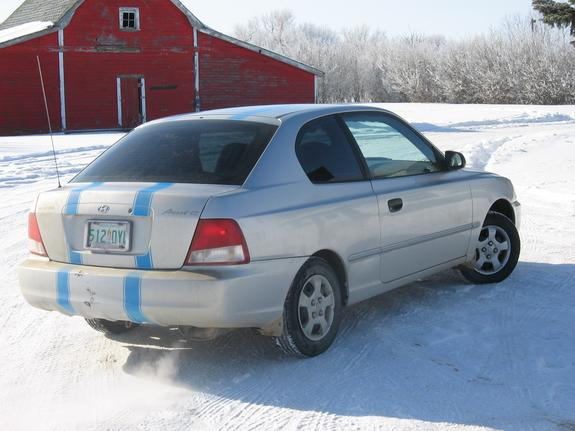Another accentGS2000 2000 Hyundai Accent post... - 5361089