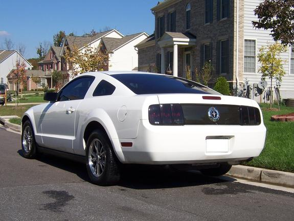 Another white05stang 2005 Ford Mustang post... - 5364531