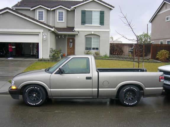 P Skillman 2002 Chevrolet S10 Regular Cab Specs Photos