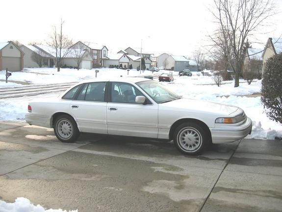 Another rudeb0y1 1997 Ford Crown Victoria post... - 5443087