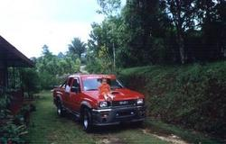 henry_bikers -1 Isuzu Trooper