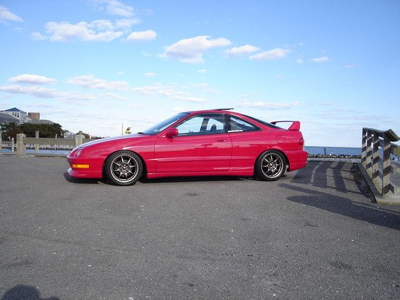 Large on 1999 Acura Integra Gsr