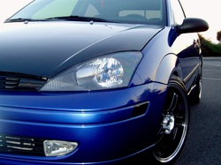 bluepzevracer 2004 Ford Focus