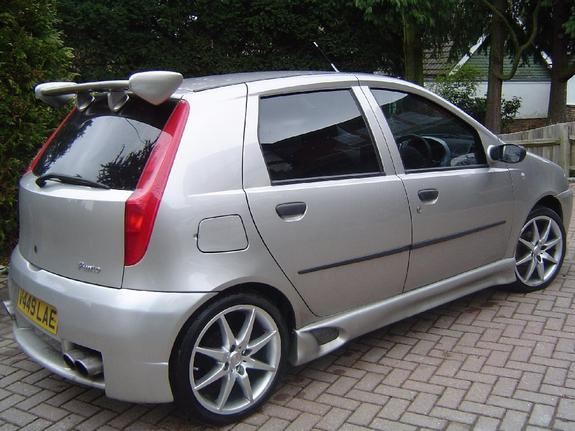 no1sexbeast 2000 fiat punto specs photos modification info at cardomain. Black Bedroom Furniture Sets. Home Design Ideas