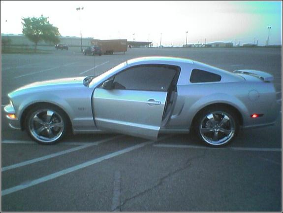 Another cdemot02 2005 Ford Mustang post... - 5577111