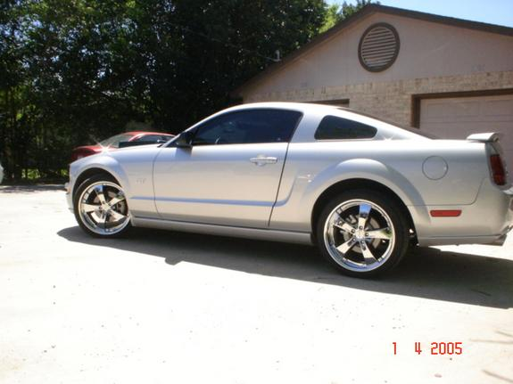 Another cdemot02 2005 Ford Mustang post... - 5577120