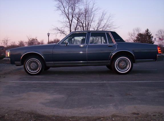 Another PowdaBlew88 1983 Oldsmobile Delta 88 post... - 5589927