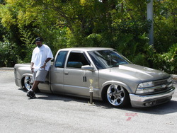 Chvys1Os 1998 Chevrolet S10 Regular Cab