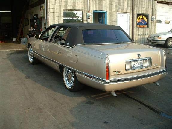 rollinonvogues 1996 cadillac deville specs photos modification info at card. Cars Review. Best American Auto & Cars Review