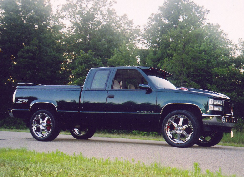 1997 gmc sierra 1500 extended cab view all 1997 gmc sierra 1500 extended cab at cardomain. Black Bedroom Furniture Sets. Home Design Ideas