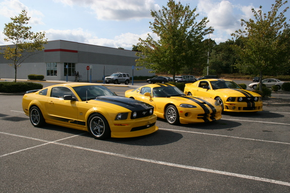 Another YellowQ 2005 Ford Mustang post... - 5723625