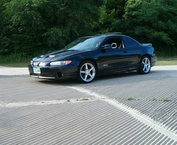 Fstblk02 2002 Pontiac Grand Prix Specs  Photos