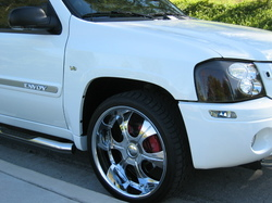 Chronnics 2004 GMC Envoy