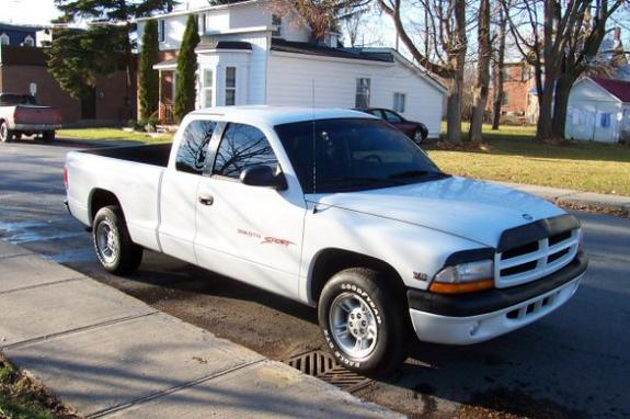 1998 Dodge Dakota Regular Cab & Chassis
