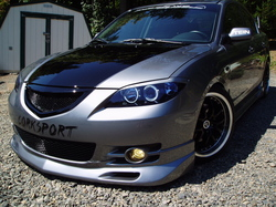 Mazzy3s 2004 Mazda MAZDA3