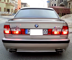 WARD1972s 1990 BMW 5 Series
