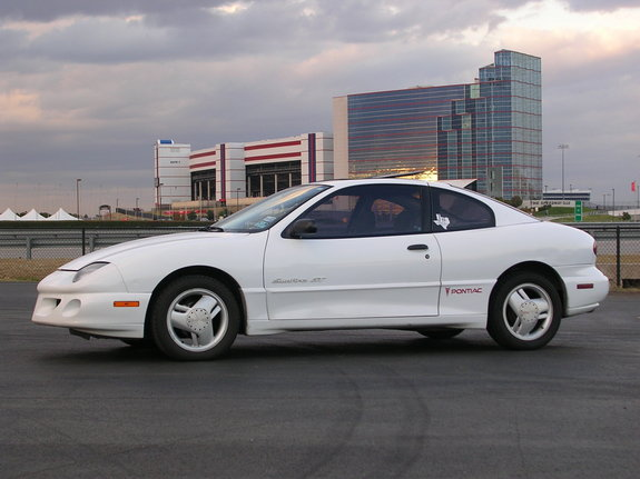 97 sunfire gt 1997 pontiac sunfire s photo gallery at cardomain cardomain