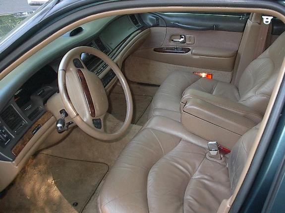rayclark 1996 lincoln town car specs photos modification info at cardomain. Black Bedroom Furniture Sets. Home Design Ideas
