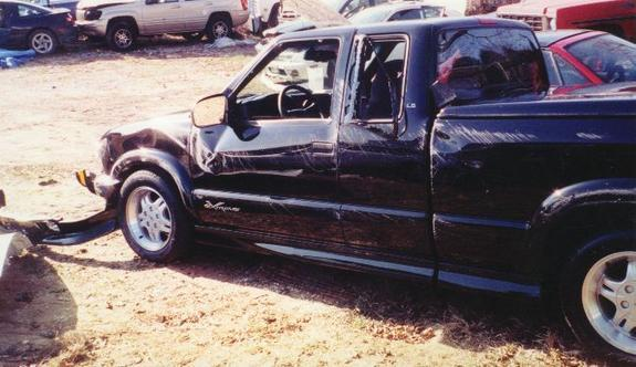 Another xtucking22s 2001 Chevrolet S10 Extended Cab post... - 5898888