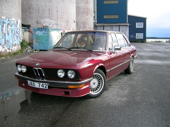 Another TheSentinel 1977 BMW 5 Series post... - 5906666