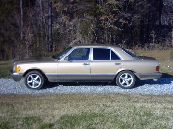 Another benzracing 1982 Mercedes-Benz S-Class post... - 5939983