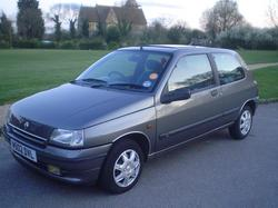 Lauren_Crowes 1994 Renault Clio