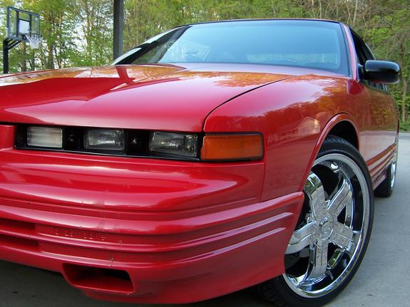 cutsum20s's 1997 Oldsmobile Cutlass Supreme