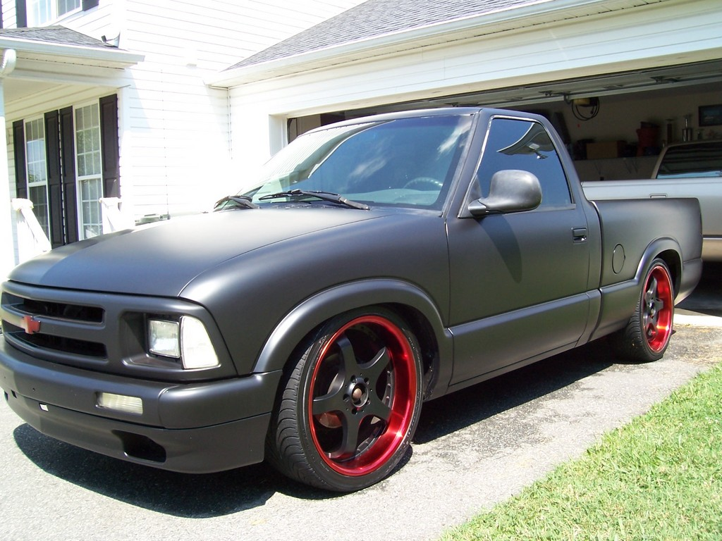 Blazers as well Interior 20Color 45893097 together with Tmartblog wordpress in addition Official Picture Thread 98088 additionally 1995 Chevrolet S10 Regular Cab. on 2000 chevy s10 blazer black