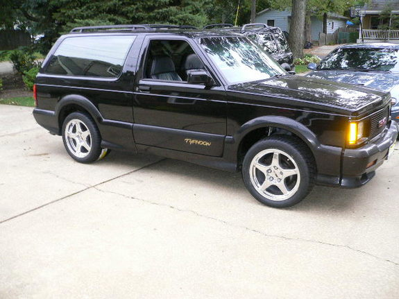 Jimbomaniac's 1993 GMC Typhoon