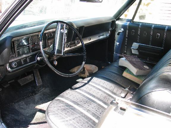Large on 1968 Buick Lesabre