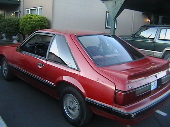 White88TTop 1988 Ford Mustang 6094943