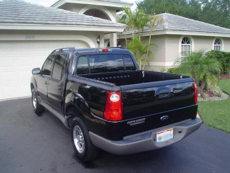 Another laurenfaceee 2003 Ford Explorer Sport Trac post... - 6102371