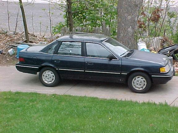 Another stained 1990 Ford Tempo post... - 6172823