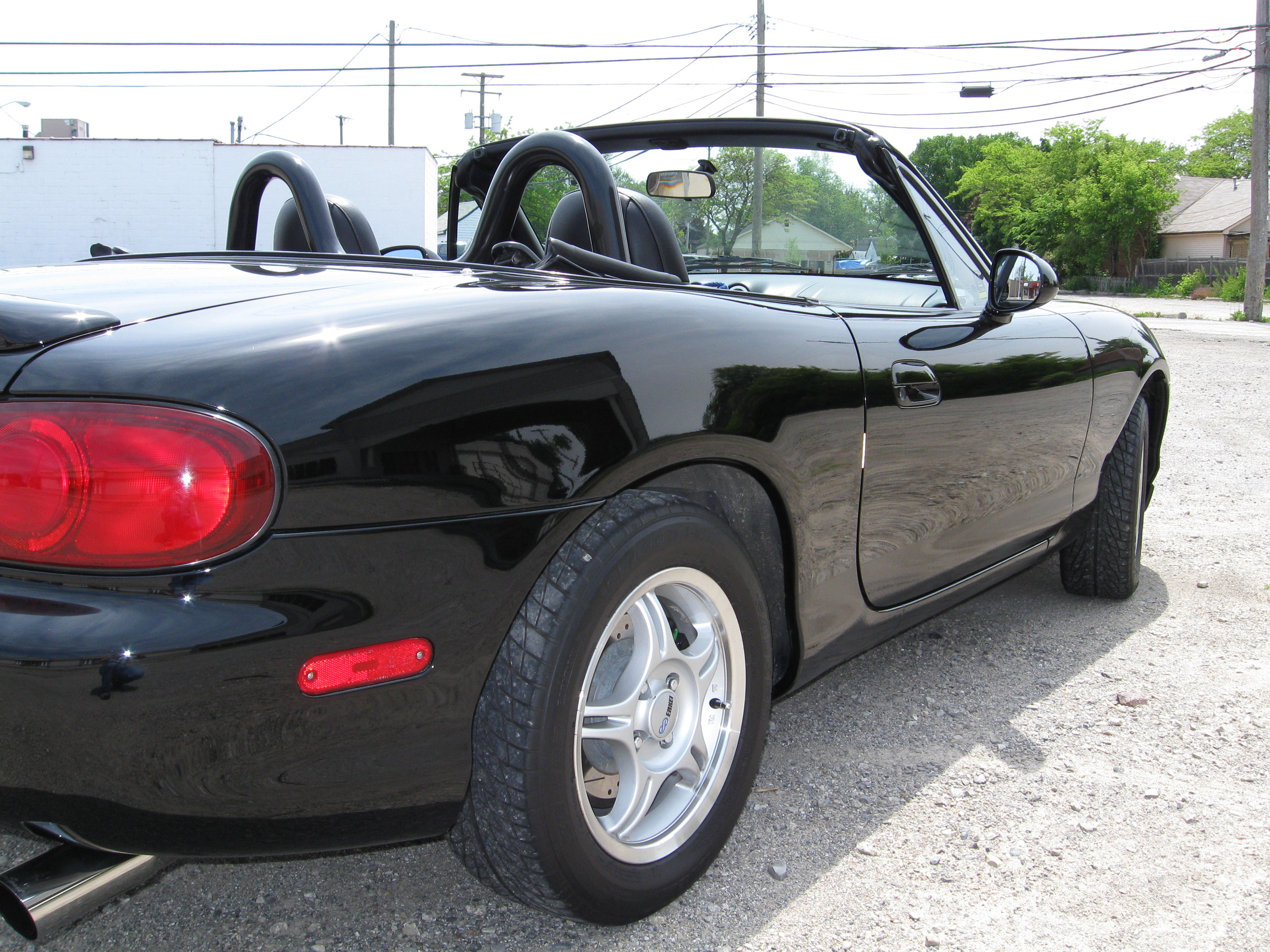 wrusprod 1999 mazda miata mx 5 39 s photo gallery at cardomain. Black Bedroom Furniture Sets. Home Design Ideas