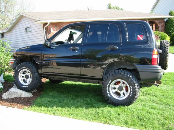 02chevtracker 2002 Chevrolet Tracker Specs Photos