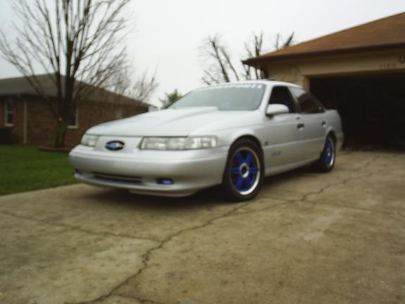 Bigguy1993's 1993 Ford Taurus