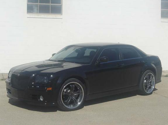 300cawd 2005 chrysler 300 specs photos modification info at cardomain. Black Bedroom Furniture Sets. Home Design Ideas
