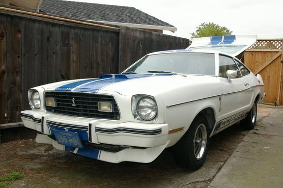 future9er24 1976 Ford Mustang