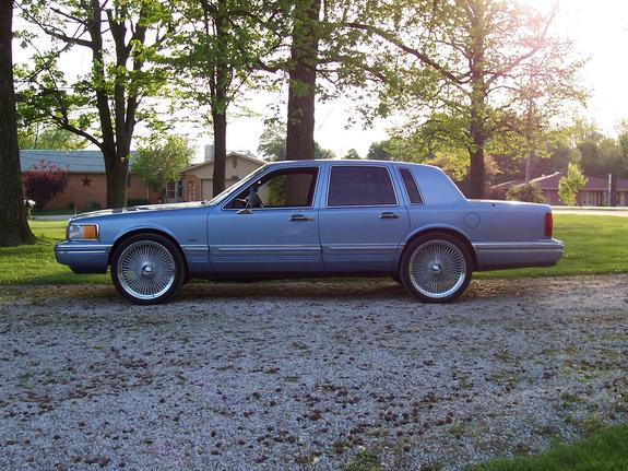 Lincoln Town Car Burgundy Continental 22s Www Picsbud Com
