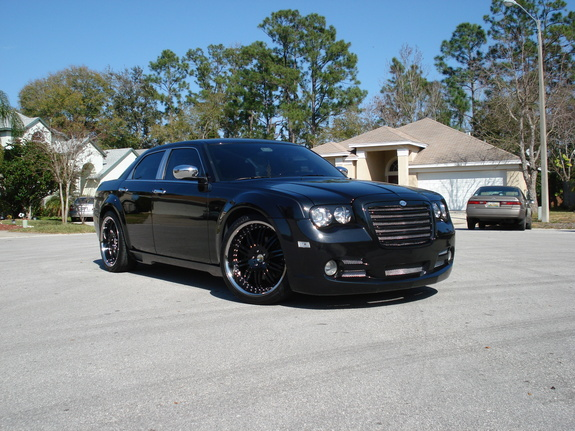 2005 Chrysler 300 Black 200 Interior And Exterior Images