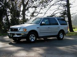 82mazda 1998 Ford Expedition