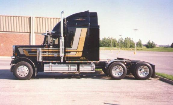 Another boopvanner2 1987 Freightliner FLD post... - 123665