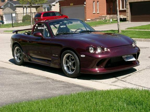 manwithoutgun's 2000 Mazda Miata MX-5
