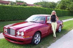 momstaxi 1999 Bentley Azure