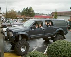 monsterexcursion 2000 Ford Excursion