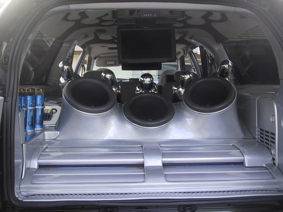 Another EscaladePushinHP 2000 Ford Excursion post... - 189368
