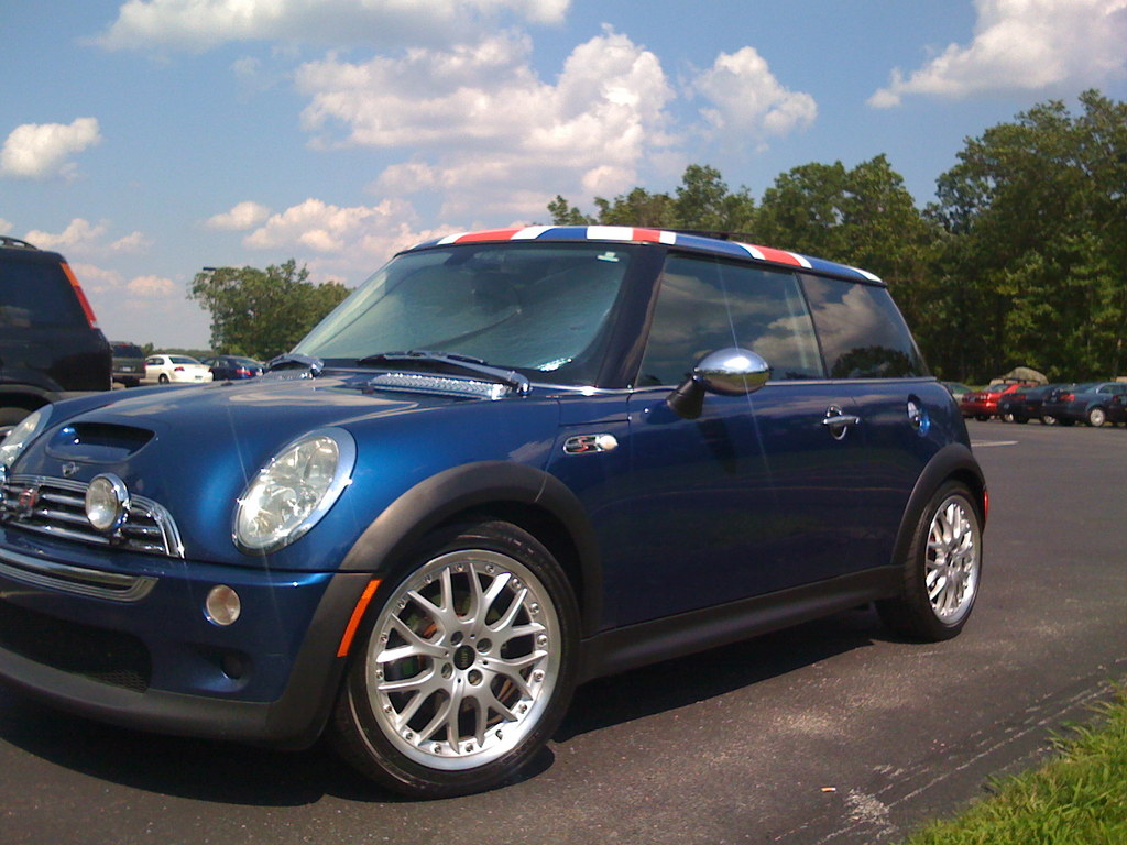 kurtster 2004 mini cooper specs photos modification info. Black Bedroom Furniture Sets. Home Design Ideas
